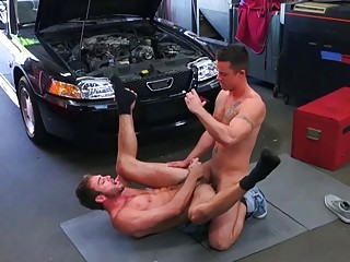 Gay mechanics enjoy blowjobs and anal sex at the shop