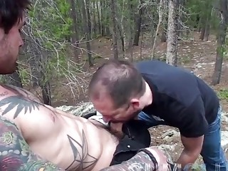 Far away in the forest, these horny guys give blowjobs