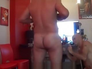 Amateur stroker pleasures his meat
