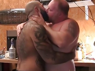 Bear brings his buddy to the shed for anal sex