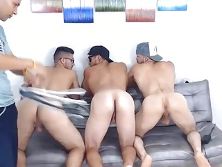 Fun-loving Latino twinks get nasty for their webcam show