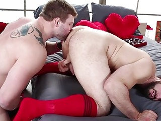 Colby Jansen turns Jaxton Wheeler's bum red