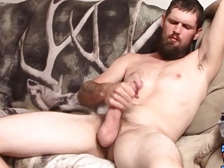 Bearded jock Nolan jerks off straight big cock solo