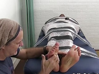 Bondage hunk toe tickled by best friend